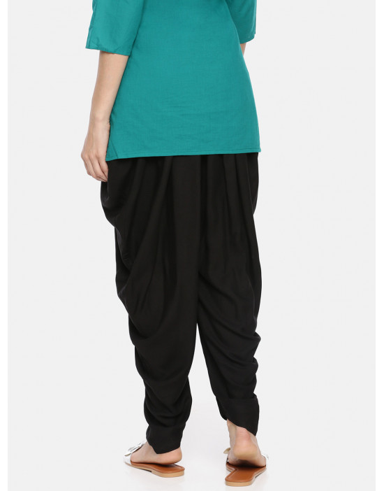 Womens Black Solid Knitted...