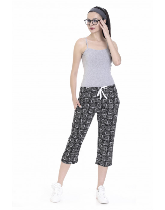 Women's Printed Capri with Zipper Pockets - Goldstroms