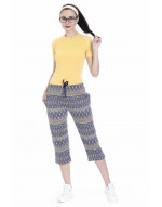 Women's Printed Capri with Zipper Pockets