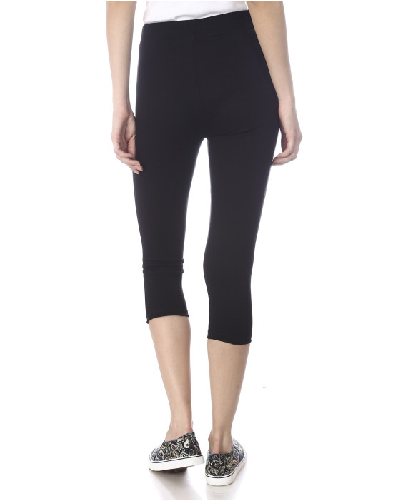 Narrow bottom Capri, Ladies Yoga Wear, Active Wear, Liesure Wear, Lounge Wear, Home Wear