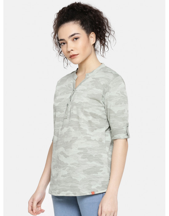 GOLDSTROMS Womens Casual camo Print Tee